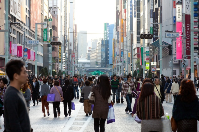 Ginza-Shopping-Streets-Tokyo-02