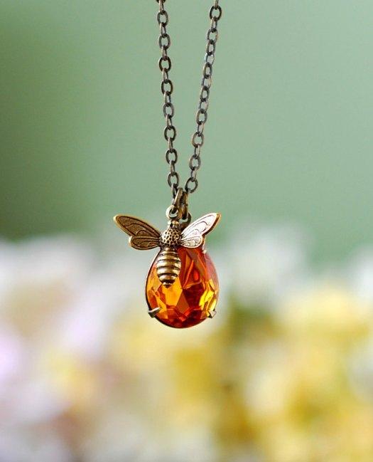 Honey Bee Necklas